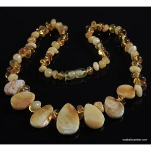 Leave shape pieces Baltic amber choker 18in