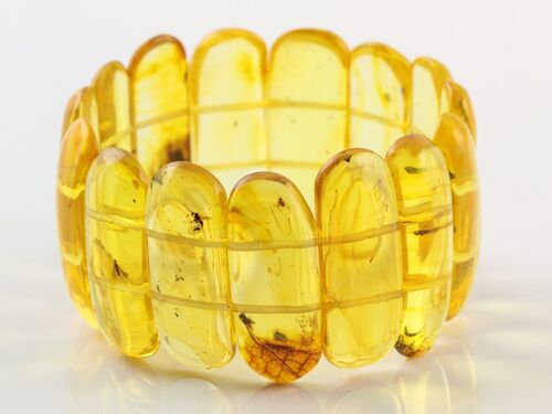 Baltic amber stretch bracelet with insect inclusions 19cm