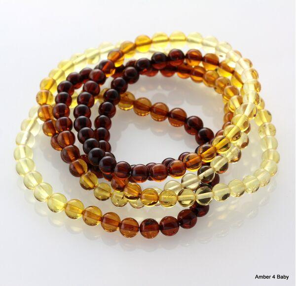 Polished ROUND beads Baltic amber stretchy bracelet