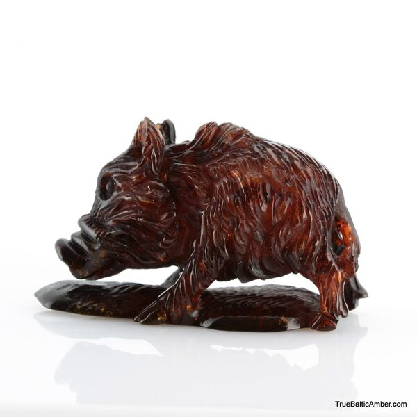 Carved Genuine BALTIC AMBER - Hog