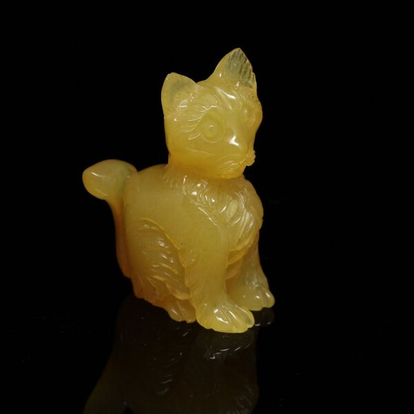 Carved Genuine BALTIC AMBER - Cat